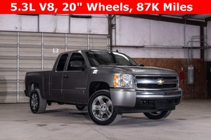 2008 Chevrolet Silverado 1500 2WD Extended Cab LT  $15,988