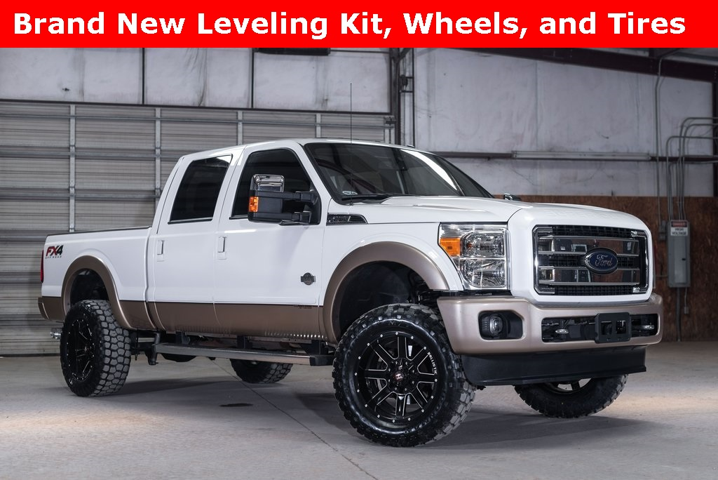 2014 Ford F-250SD 4x4 Crew Cab King Ranch LEVELED