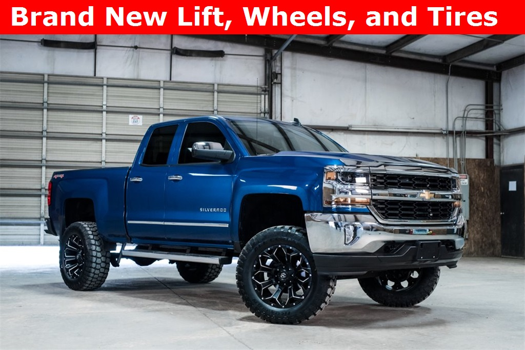 2016 Chevrolet Silverado 1500 4x4 Double Cab LT LIFTED