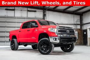 2015 Toyota Tundra 4x4 CrewMax SR5 LIFTED $42,488