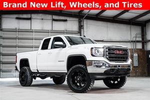 2016 GMC Sierra 1500 4x4 Double Cab SLE LIFTED $40,000