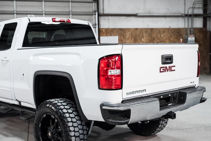 Lifted 2016 GMC Sierra 1500 4x4 Double Cab SLE  $38,946