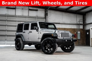 2014 Jeep Wrangler 4WD Unlimited Rubicon LIFTED $40,000