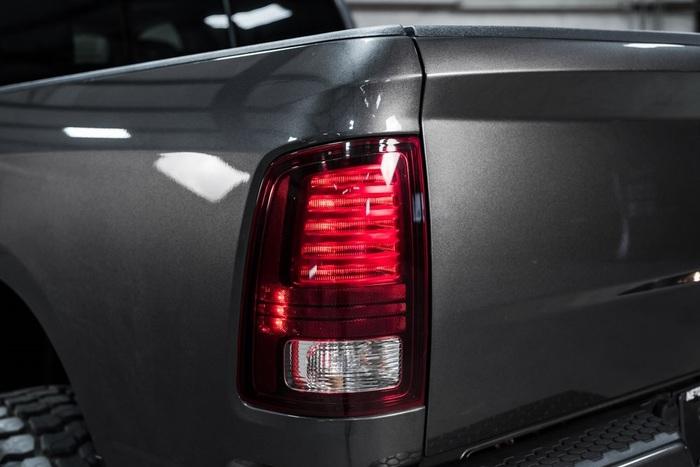 2014 Ram 1500 4x4 Crew Cab Sport LIFTED $36,988