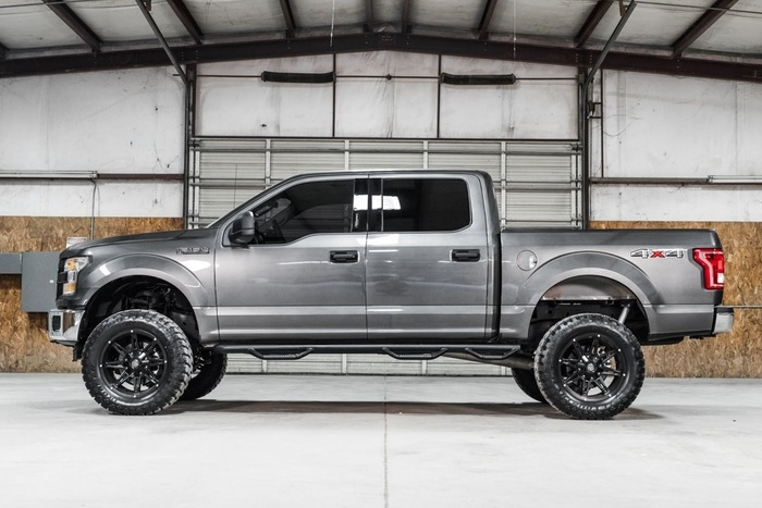Lifted 2016 Ford F-150 4x4 SuperCrew XLT  $36,987