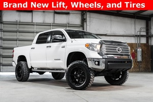 2015 Toyota Tundra 4x4 CrewMax Limited LIFTED $42,988