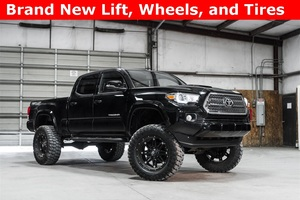 2016 Toyota Tacoma 4x4 Double Cab TRD Sport LIFTED $38,988