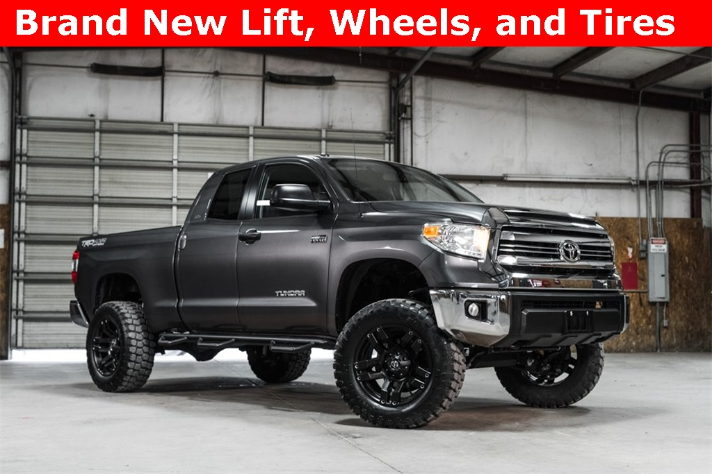 2016 Toyota Tundra 4x4 Double Cab SR5 TRD LIFTED
