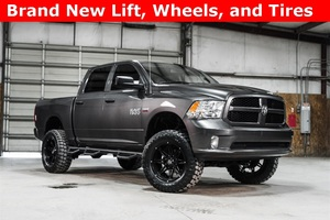2015 Ram 1500 4x4 Crew Cab Express LIFTED $31,988