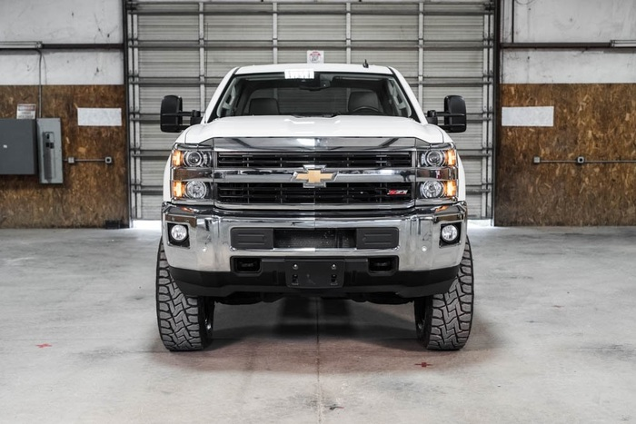 Lifted 2015 Chevrolet Silverado 2500HD 4x4 Crew Cab LTZ Z71  $53,991