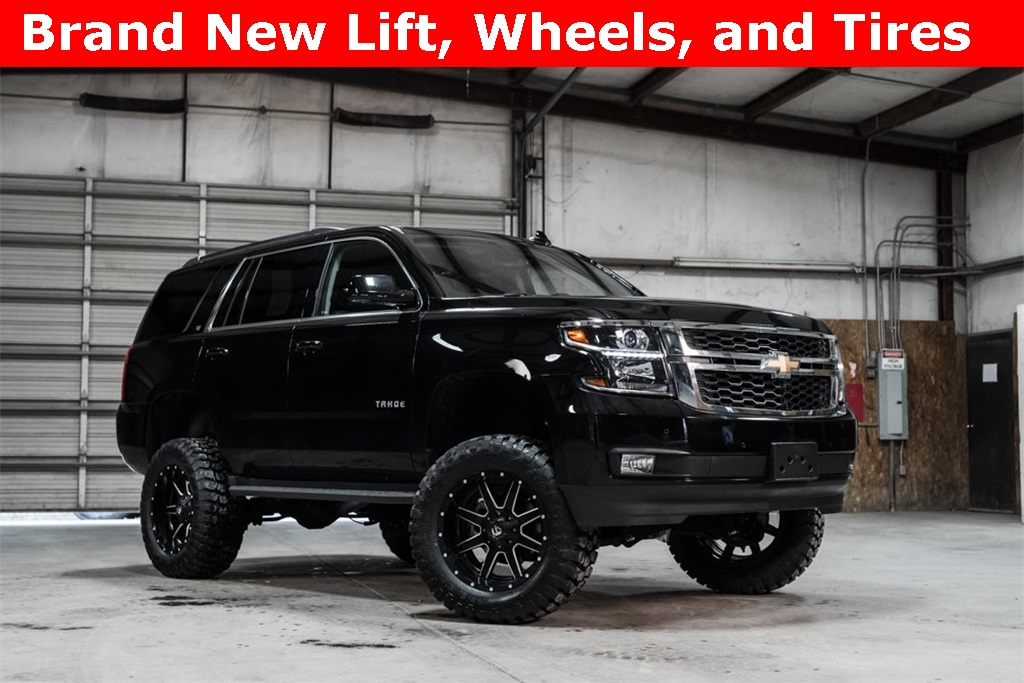 2016 Chevrolet Tahoe 4x4 LT LIFTED
