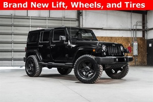 2014 Jeep Wrangler 4WD Unlimited Sahara LIFTED $37,988