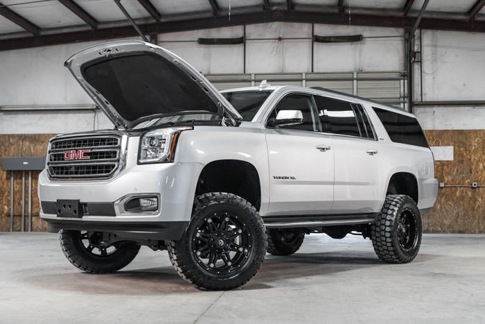 Lifted 2016 GMC Yukon XL 4x4 SLT  $53,987