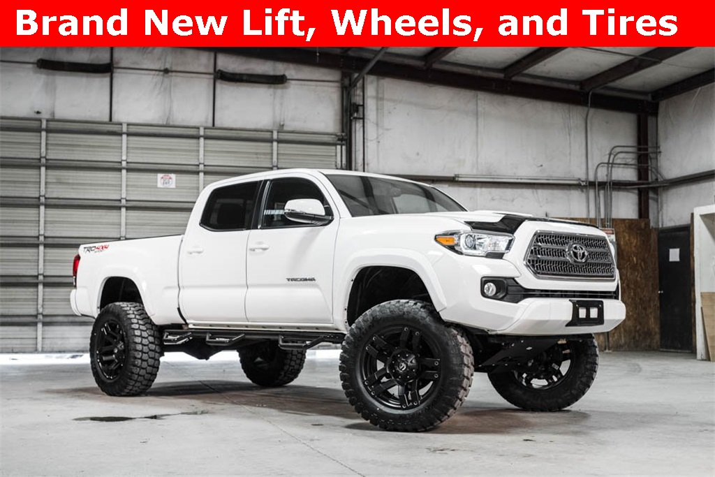 Lifted 2016 Toyota Tacoma 4x4 Double Cab SR5 TRD Sport