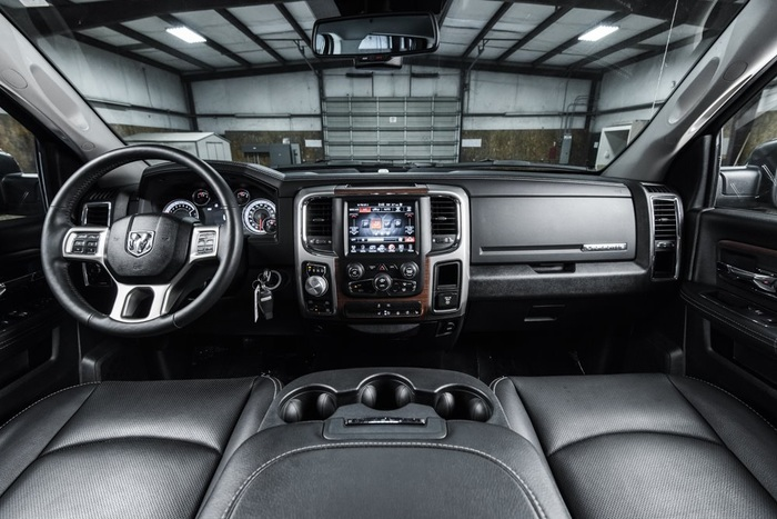 Lifted 2016 Ram 1500 4x4 Crew Cab Laramie  $41,000