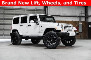 Lifted 2016 Jeep Wrangler 4WD Unlimited Sahara  $36,967