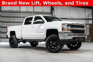 Lifted 2016 Chevrolet Silverado 1500 4x4 Crew Cab LT  $40,988