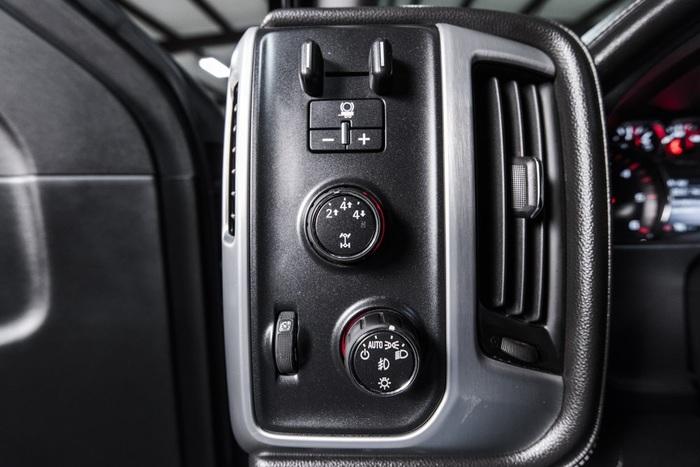 Lifted 2016 GMC Sierra 2500HD 4x4 Crew Cab SLE  $44,766