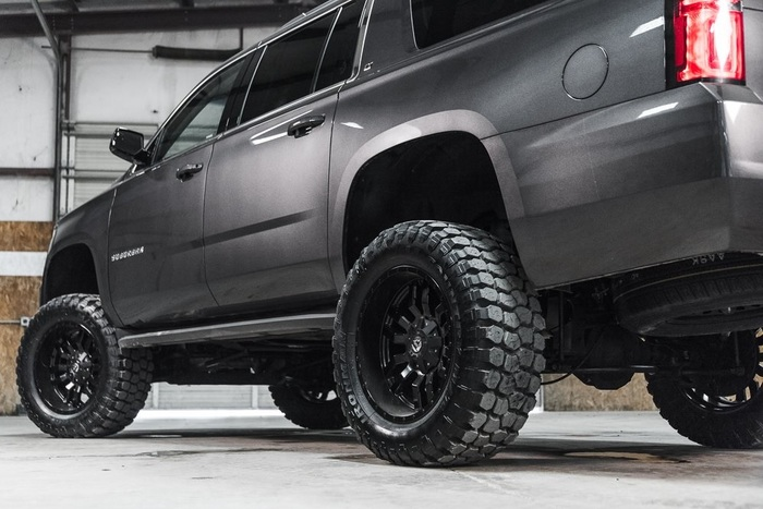 Lifted 2016 Chevrolet Suburban 4x4 LT  $53,448