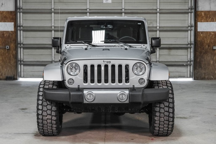 Lifted 2016 Jeep Wrangler 4WD Unlimited Sahara  $36,448