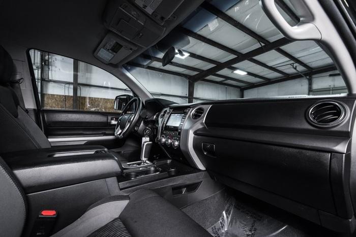 Lifted 2015 Toyota Tundra 4x4 CrewMax SR5  $40,000