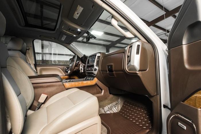 Lifted 2016 GMC Sierra 1500 4x4 Crew Cab SLT Z71  $50,000