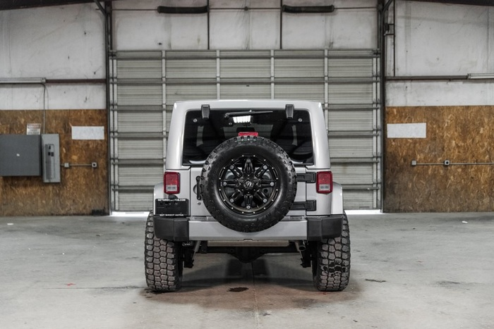 Lifted 2016 Jeep Wrangler 4WD Unlimited Sahara  $37,025
