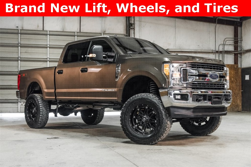 Lifted 2017 Ford F-250SD 4x4 SuperCrew XLT