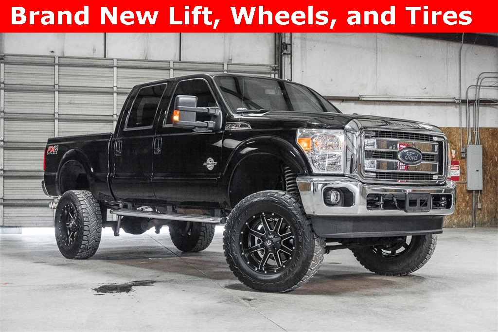 Lifted 2016 Ford F-250SD 4x4 Crew Cab Lariat FX4