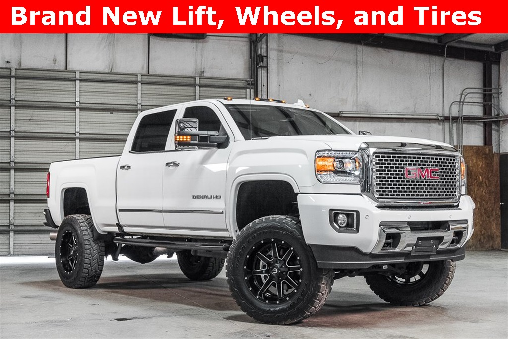 Lifted 2016 GMC Sierra 2500HD 4x4 Crew Cab Denali